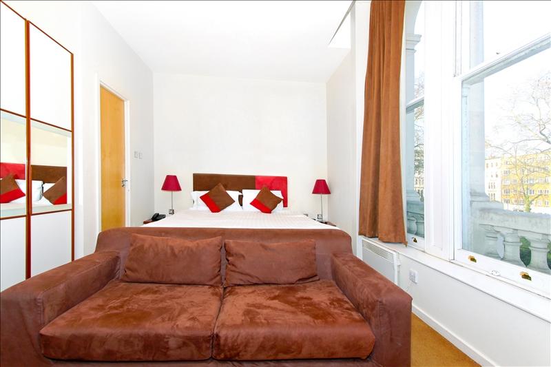 Small studio apartment in a London centre